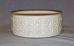 *NEW* Bath and Body Works/ White Barn Candle Ceramic Holder for Sale in Westerville, OH