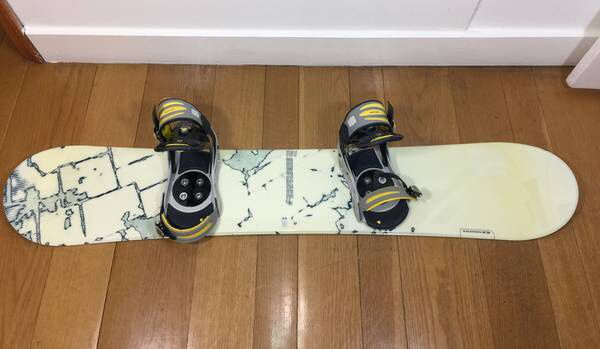 Salomon Substance 151 Snowboard with Burton Bindings and Travel