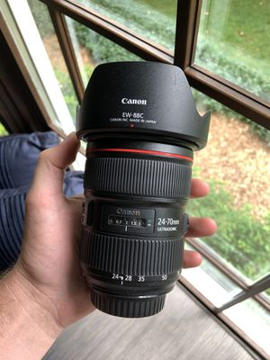 Canon EF 24-70mm f2.8 USM II (mint) for Sale in Lititz, PA