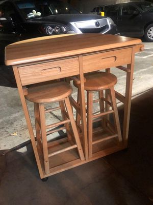 Wood dinning table and 2 stool chairs for Sale in Concord, CA