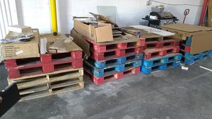 Free pallets for Sale in Dallas, TX