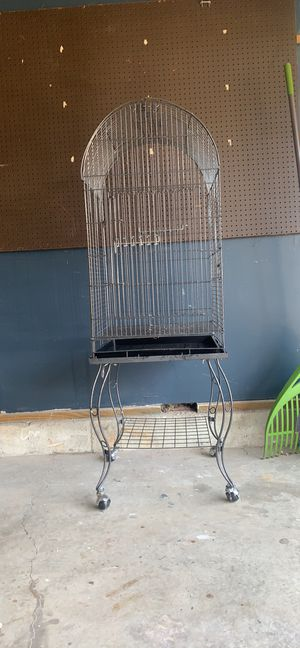 YML Dometop Silver Parrot, bird cage fully assembled for Sale in Bel Air, MD