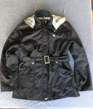 Woman's Black Burberry rain coat for Sale in Oceanside, CA