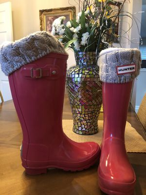 Hunter Glossy Rain Boots - Youth Sz. 2 for Sale in Friendswood, TX