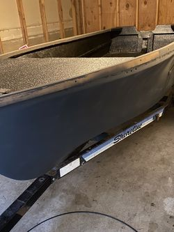 13' Fiberglass Fishing Boat -refurbished for Sale in Portland,  OR
