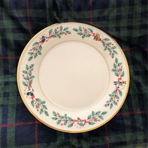 Rare Disney Lenox Dinner Plate Christmas for Sale in Temecula, CA