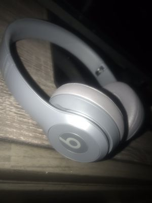 Solo 3 beats wireless brand new for Sale in Harrisburg, PA