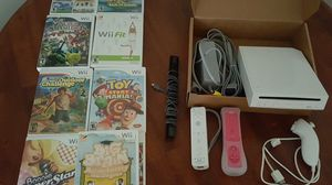 NINTENDO WII WITH ACCESSORIES AND 9 GAMES ALMOST BRAND NEW SELLING FOR $130 OBO for Sale in Charlotte, NC