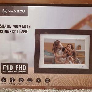 Digital Photo Frame for Sale in New York, NY