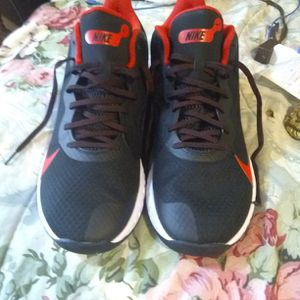 Nike Renew Elevate Size 11 for Sale in Everett, WA