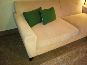 ❤ BEAUTIFUL TAN COUCH❤ for Sale in Fresno, CA