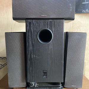 Onkyo Speakers And Subwoofer for Sale in Solana Beach, CA