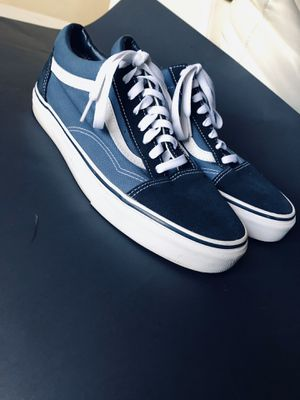 Shoes vans size 10 for Sale in Tampa, FL