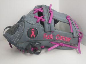SOFTBALL Gloves baseball gloves for Sale in Los Angeles, CA