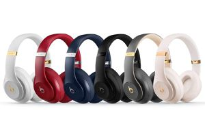 Beats by Dre Studio 3 wireless Headphones for Sale in Columbus, OH