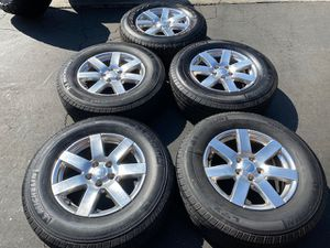 "(5) 18"" Jeep Wheels 255/70R18 Michelin tires - $425 for Sale in Garden Grove, CA"