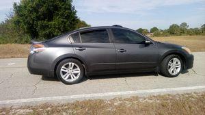 Nissan altima 2012 v6 3.5 for Sale in Lehigh Acres, FL