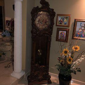 Hertz Grandfather antique clock. for Sale in Miami, FL