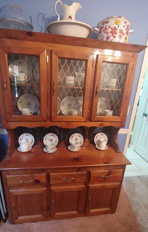 Two piece China cabinet with additional storage. for Sale in Lithonia, GA