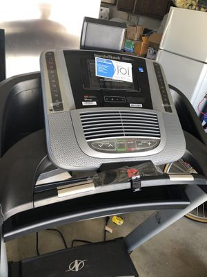 NordicTrack C990 treadmill new never used for Sale in Los Angeles, CA