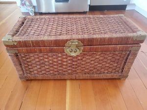 Vintage Wicker Trunk/ Chest for Sale in San Diego, CA