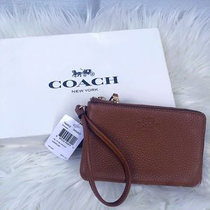 Saddle Brown Coach Wallet/ Handbag: brand new in box w/ tags, designer, women's purse for Sale in San Diego, CA