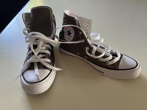 Converse women shoes size 7 for Sale in Phoenix, AZ