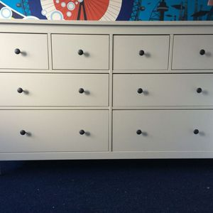 White Stain Dresser 8 Drawers for Sale in Shoreline, WA