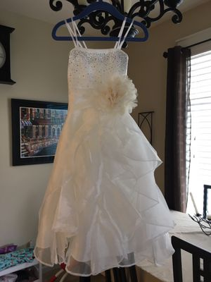 Size 2 flower girl dress wedding ivory color polyester for Sale in Vancouver, WA