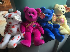 Ty Beanie Baby Bears- smooches, millennium, clubby and eggbeart for Sale in Newtown, PA