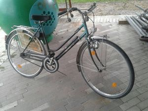 "28"" ORIGINAL TRIUMPH BICYCLE for Sale in Houston, TX"