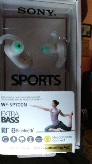 Sony headphones wf-sp700n for Sale in San Jose, CA