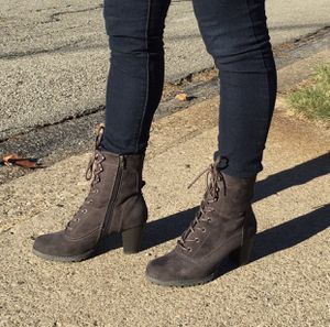 Suede lace-up boots for Sale in Pittsburgh, PA