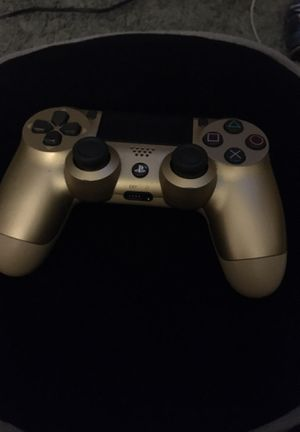 PS4 controller for Sale in Fontana, CA