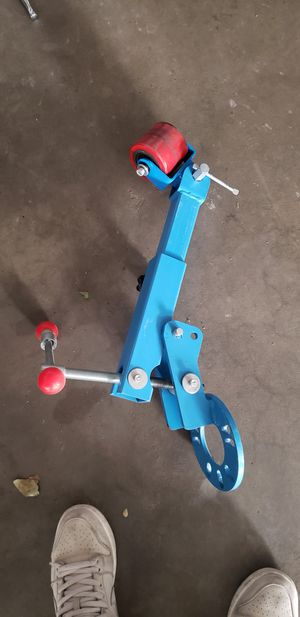 Fender roller for Sale in Lake View Terrace, CA