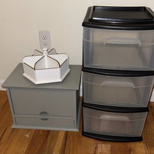 Mail Organizer/ Plastic drawers for Sale in Staten Island, NY