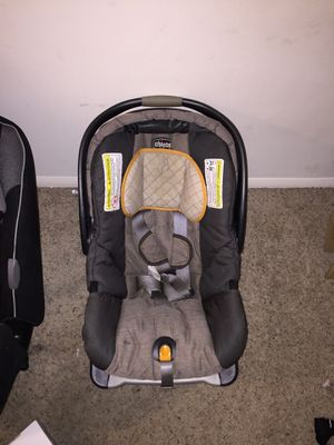 Infant car seat for Sale in Fayetteville, NC