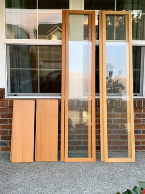 Book shelves and doors bundle for Sale in Auburn, WA