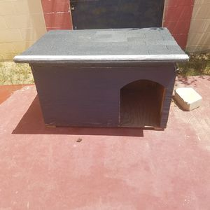 Dog house 48x30 for Sale in Laredo, TX