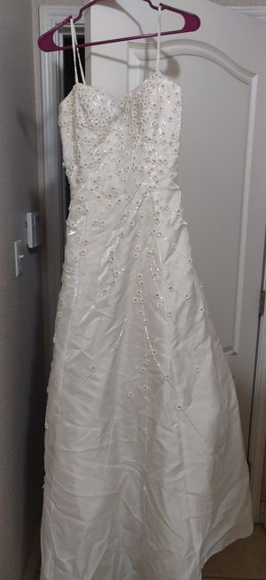 Wedding Dress for Sale in Copperas Cove, TX
