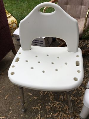 White bath/shower seat for Sale in Huber Heights, OH