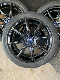 Complete set tire & Rims like new for Sale in San Antonio,  TX