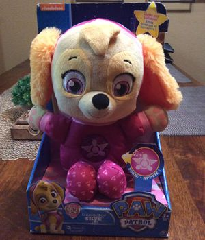 Paw Patrol Skye stuffed animal, sings and lights up. Note it requires new batteries for Sale in Chula Vista, CA