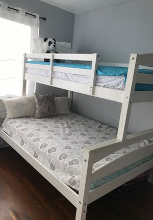 Bunked bed whit mattresses .. for Sale in San Diego, CA