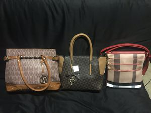 Different kind of purses and backpacks for Sale in El Cajon, CA