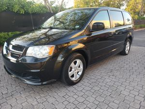 Dodge grand caravan 2013 for Sale in Miami, FL