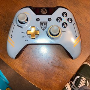 Xbox One Controller for Sale in Madera, CA