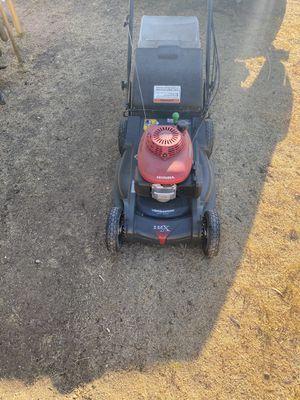 Honda lawn mower HRX for Sale in Phoenix, AZ
