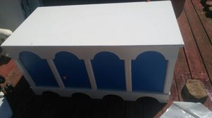 huge toy box cedar chest style chest for Sale in Ailey, GA