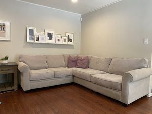 Custom Gray Sectional from Living Spaces for Sale in Los Angeles, CA